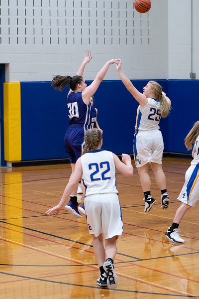 12-28-2018 Panthers v Brown County-1148.jpg