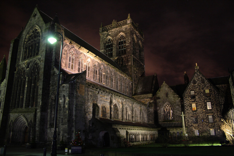 Paisley Christmas Lights. Paisley Abbey