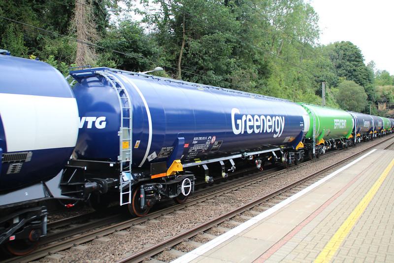 New GBRF TEA 83.70.7792013-5 on 6E92 Acton Lane-Immingham passes Welwyn North 23/08/12
