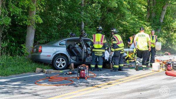 82 & Lenape - Auto Accident w/ Entrapment