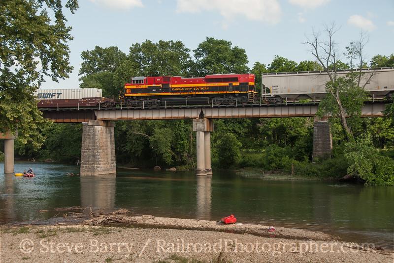 Kansas City Southern<br /> Ginger Blue, Missouri<br /> June 16, 2014