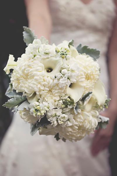 sacramento-floral-modern-bouquet-wedding-photography.jpg