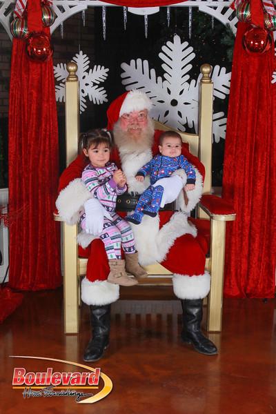 Santa 12-17-16-451.jpg