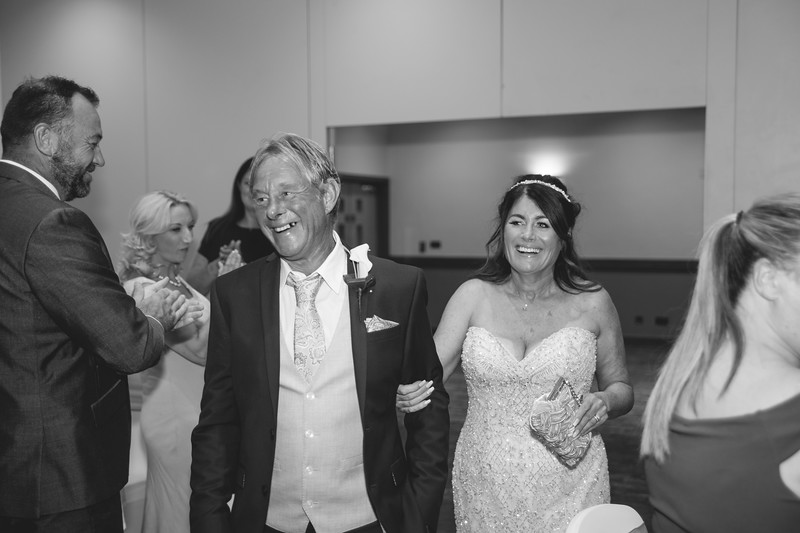 Mr & Mrs -293.jpg