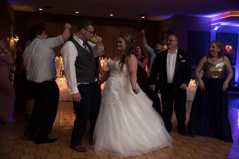 Amanda & Tyler Wedding 1017.jpg