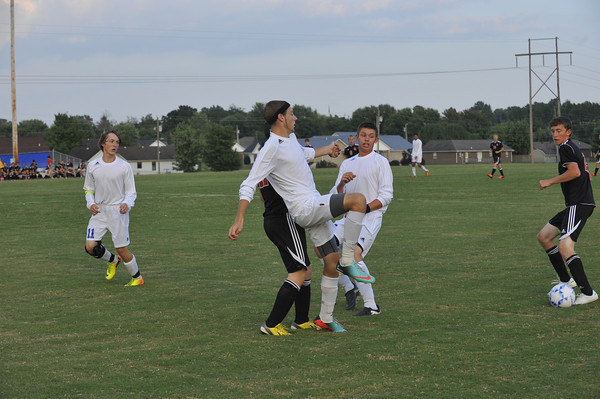 Southwestern S. Laurel soccer