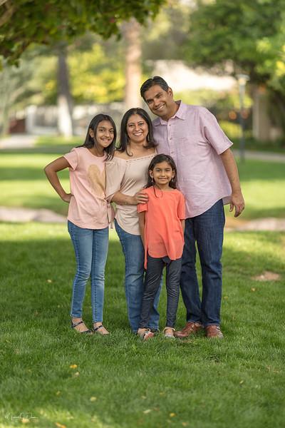 Urvi Family-54.jpg