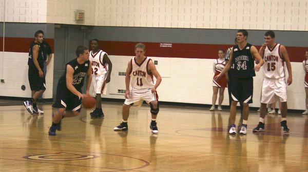 Pioneer basketball 2005-06