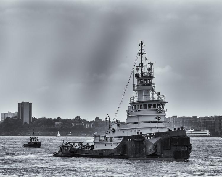 2013TugboatRaceAndFestival-6