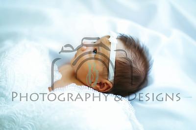 Isabella | Newborn
