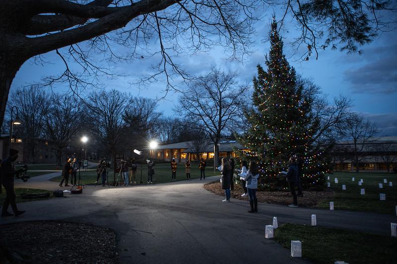 AVS_ChristmasTreeLighting-51.jpg
