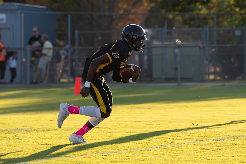 20191010 RJR JV Football vs Davie 171Ed.jpg