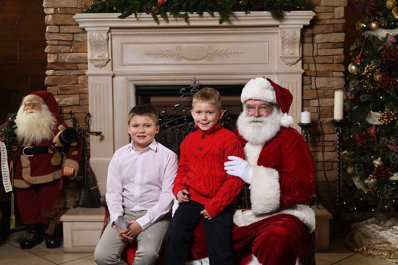 Santa2018.TylerBoye.-166.jpg