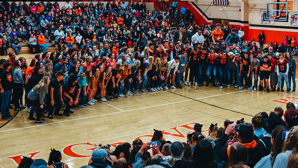 Homecoming Pep Rally Senior Circle 2019