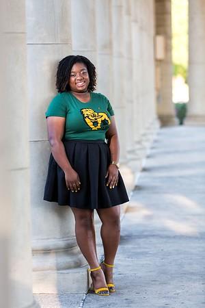 Davonna 2017 Southeastern Louisiana University Senior Proofs