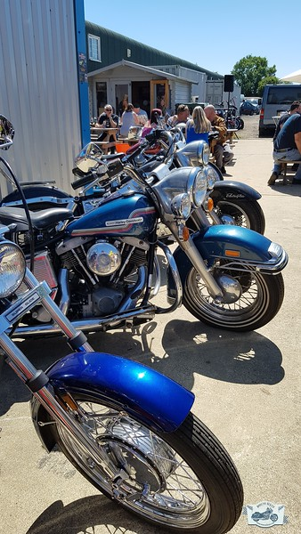 V Twin Customs Party