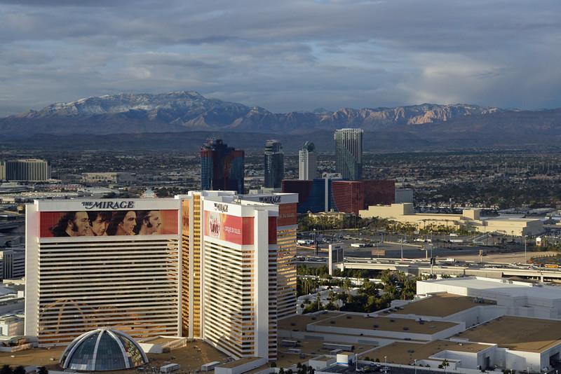Vegas strip north late afternoon.jpg