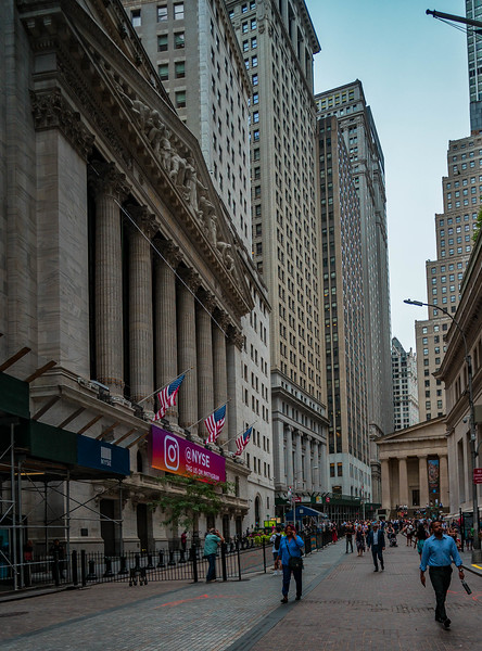 Wall Street 2.jpg