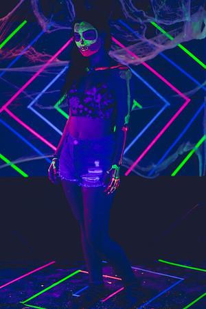 Elvira Black Light
