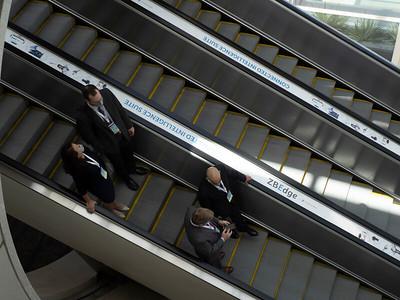 7 ABOS Booth Lobby D escalator clings