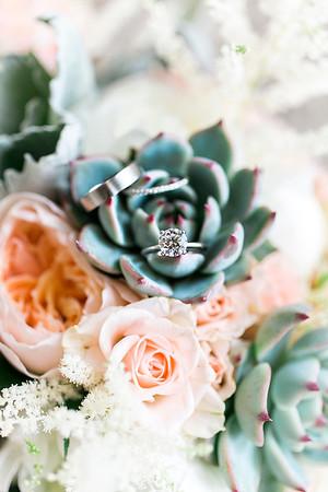 Becky + Matt • Lexington, KY | Southern Belles Wedding Co.