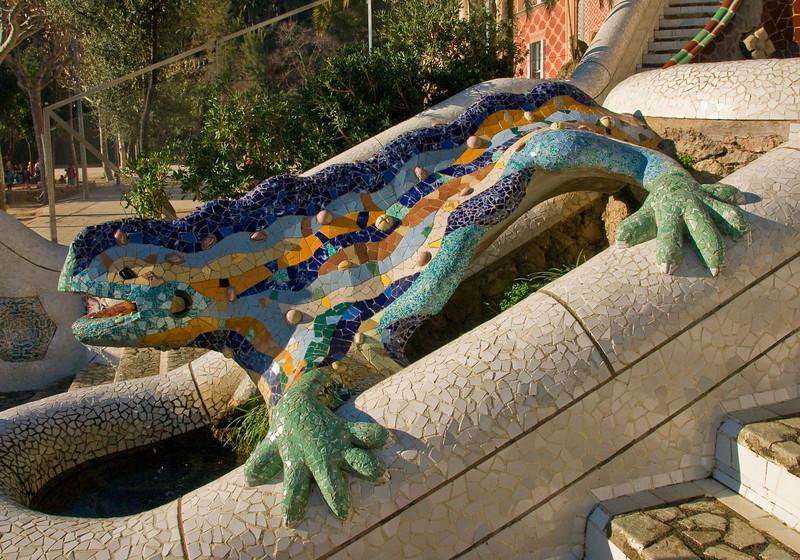 Dragon sculpture in Park Güell in Barcelona. (Dec 14, 2007, 10:37am)