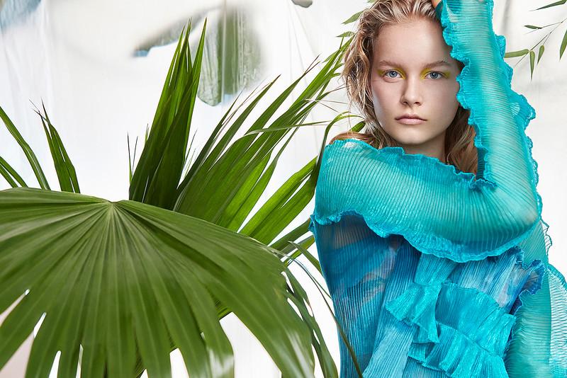 Creative-space-artists-hair-stylist-photo-agency-nyc-beauty-editorial-wardrobe-stylist-campaign-Natalie-read-DESIGN-SCENE-Magazine-1.jpg