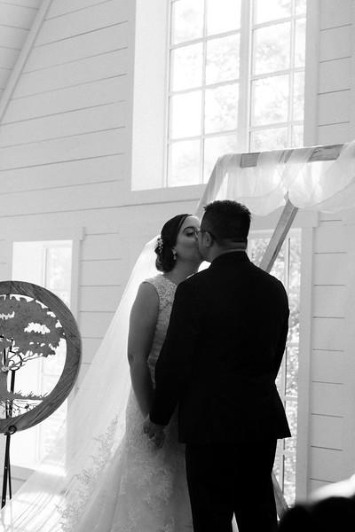 Kaitlin_and_Linden_Wedding_Ceremony-141.jpg