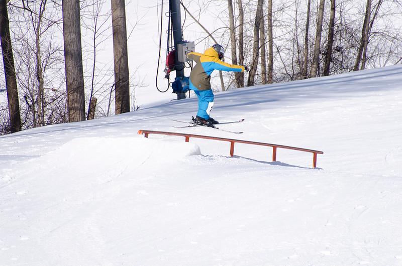 Snow-Trails-Rail-Jam-8131.jpg