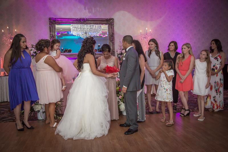 252_speeches_ReadyToGoPRODUCTIONS.com_New York_New Jersey_Wedding_Photographer_JENA9618.jpg