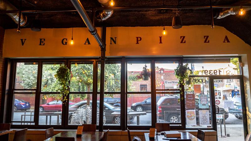 Chicago-HouseofZa09.jpg