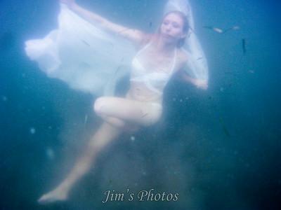 Ind -  Rachael S. - Underwater - Devil's Lake - Sept 01, 2014