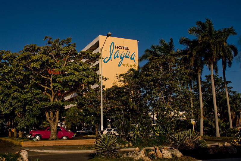 Cuba Cienfuegos Jagua Hotel.jpg