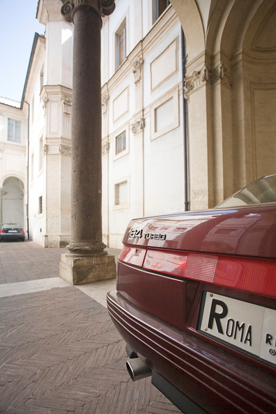 License plate of a car with the word Roma, Rome, Italy