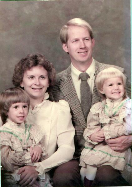 1984 Raelyn, Joe, Marjorie and Betsy Mitchell.jpeg