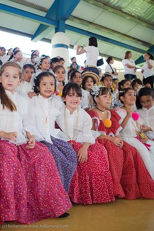 Acto Cívico ESCJ ( Polleras en Primaria) Oct 15, 2009