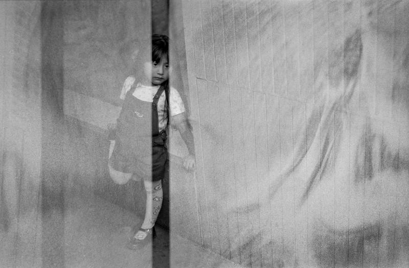 LITTLE_GIRL_OAXACA_MEXICO.jpg