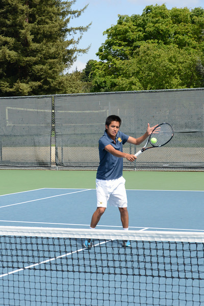 menlo-tennis-2013-boys 14.jpg