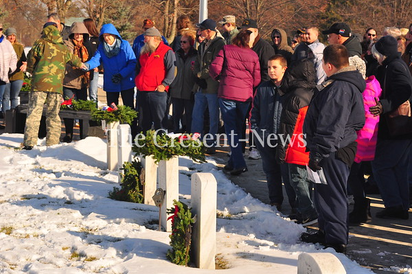 12-16-17 NEWS Wreaths Across America at Riverside