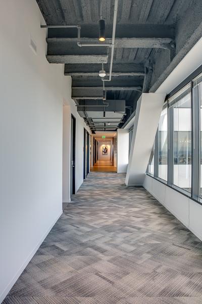 Corridor-IMG_1545_enf.jpg