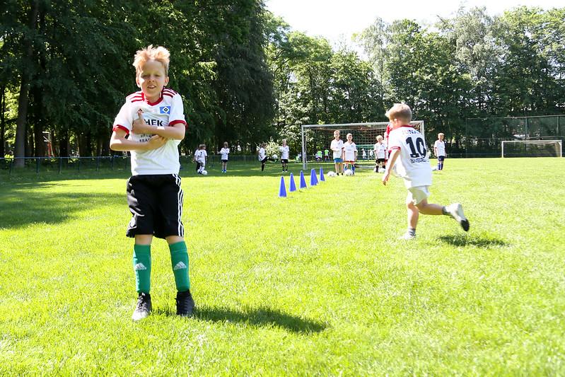 hsv_fussballschule-421_48047956086_o.jpg