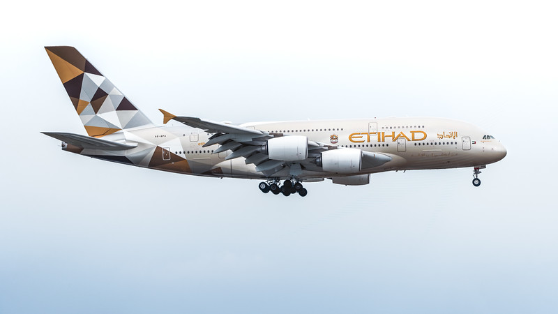 ETIHAD_A380-861_A6-APA_MLU_180219