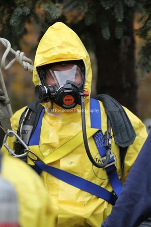 Auburn, ME  Fire Department. Close Confinement Training