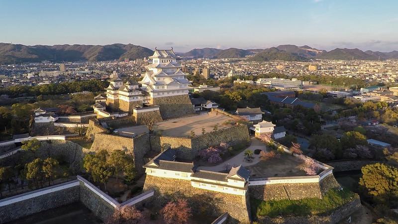 Himeji-Castle-3k.jpg