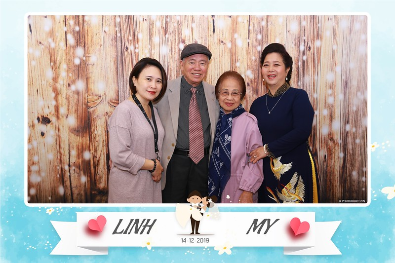 Linh-My-wedding-instant-print-photo-booth-in-Ha-Noi-Chup-anh-in-hnh-lay-ngay-Tiec-cuoi-tai-Ha-noi-WefieBox-photobooth-hanoi-17.jpg