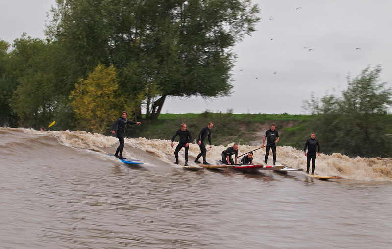 The bore started to really ramp up here as the wall formed. Plenty of surfers catching the ride. Steve King far right, James 2nd left.