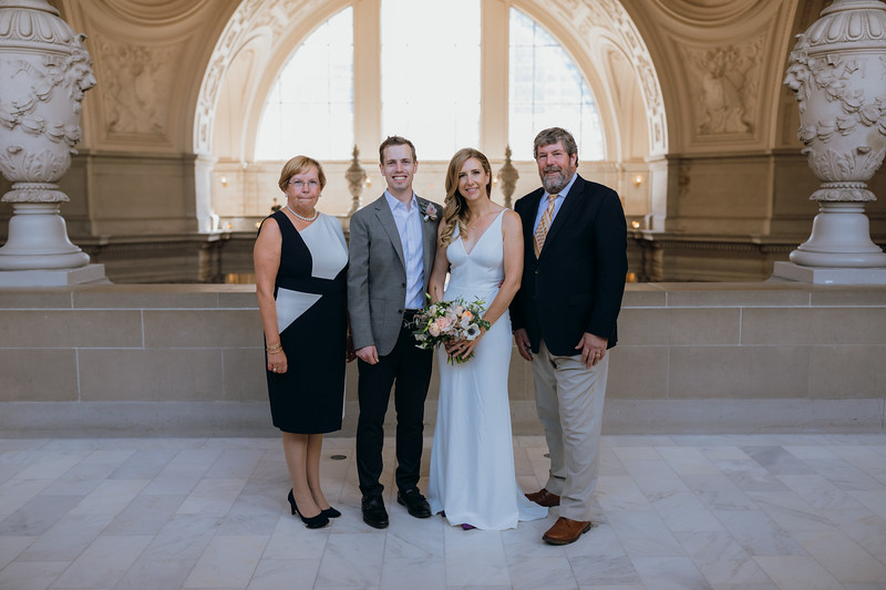 2018-10-04_ROEDER_EdMeredith_SFcityhall_Wedding_CARD1_0113.jpg