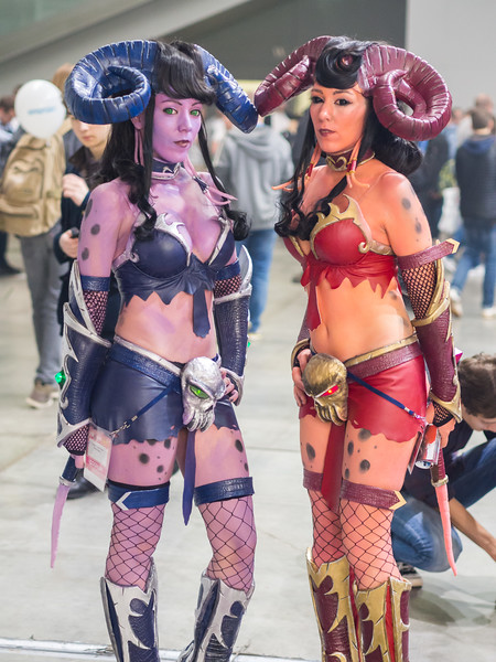 Draenei cosplay at Igromir 2016