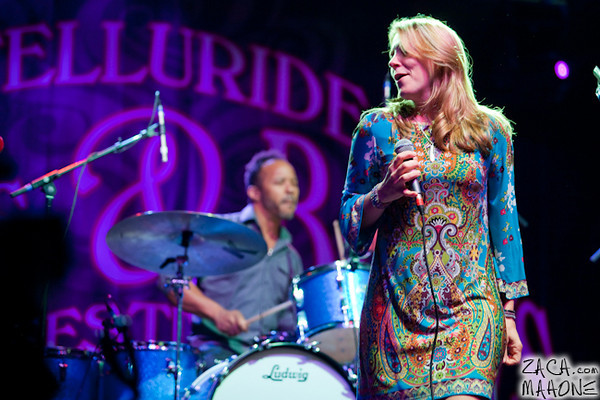 Derek Trucks and Susan Tedeschi Band-6.jpg