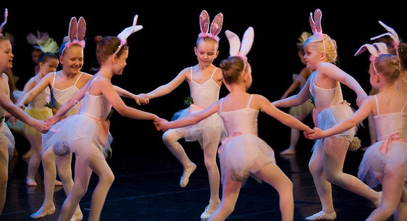 Emy ballerina vor 07